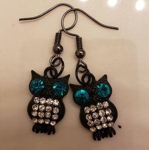Rhinestone black owl earrings